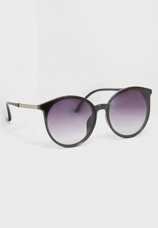 Round Sunglasses Gold Frame Detail