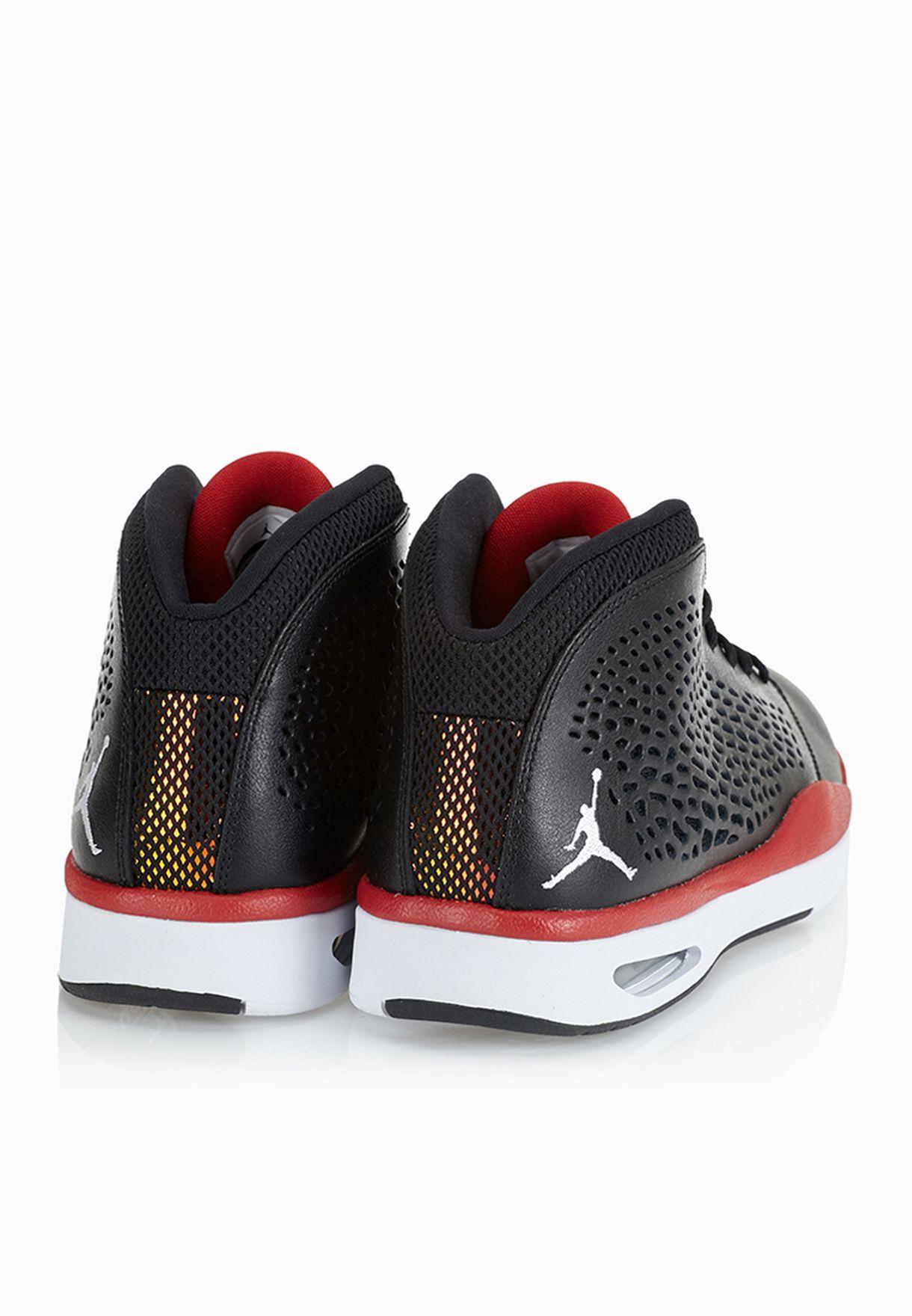 ea0dc46f5017 Shop Nike black Jordan Flight 2015 768905-001 for Men in UAE ...