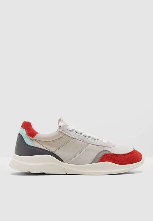 Gero Low Top Sneaker