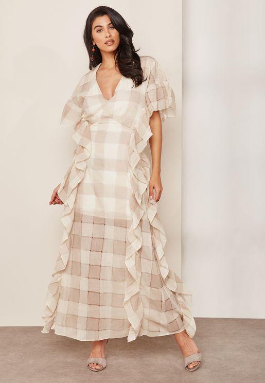 فستان بكشكش و طبعات مربعات