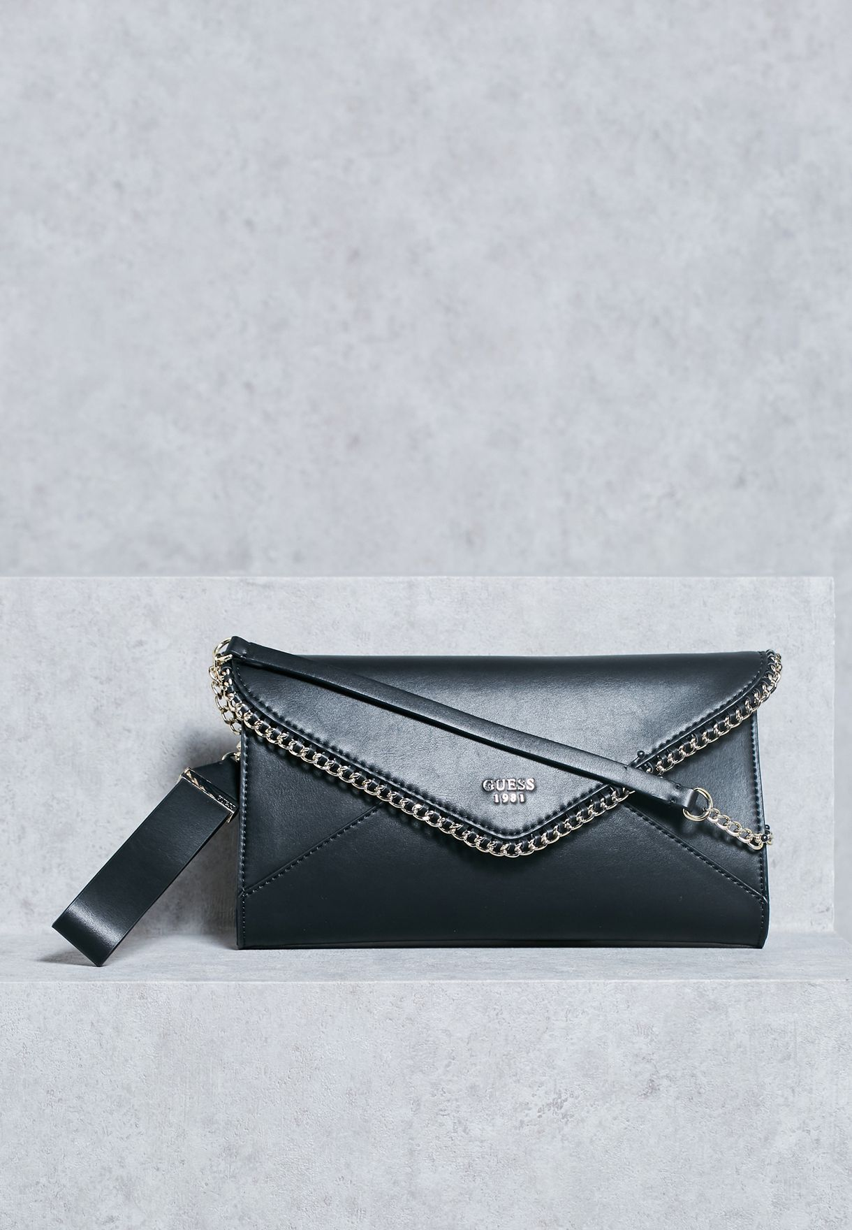 96abfa0e263 Shop Guess black Johanna Envelope Clutch VG662127 for Women in ...