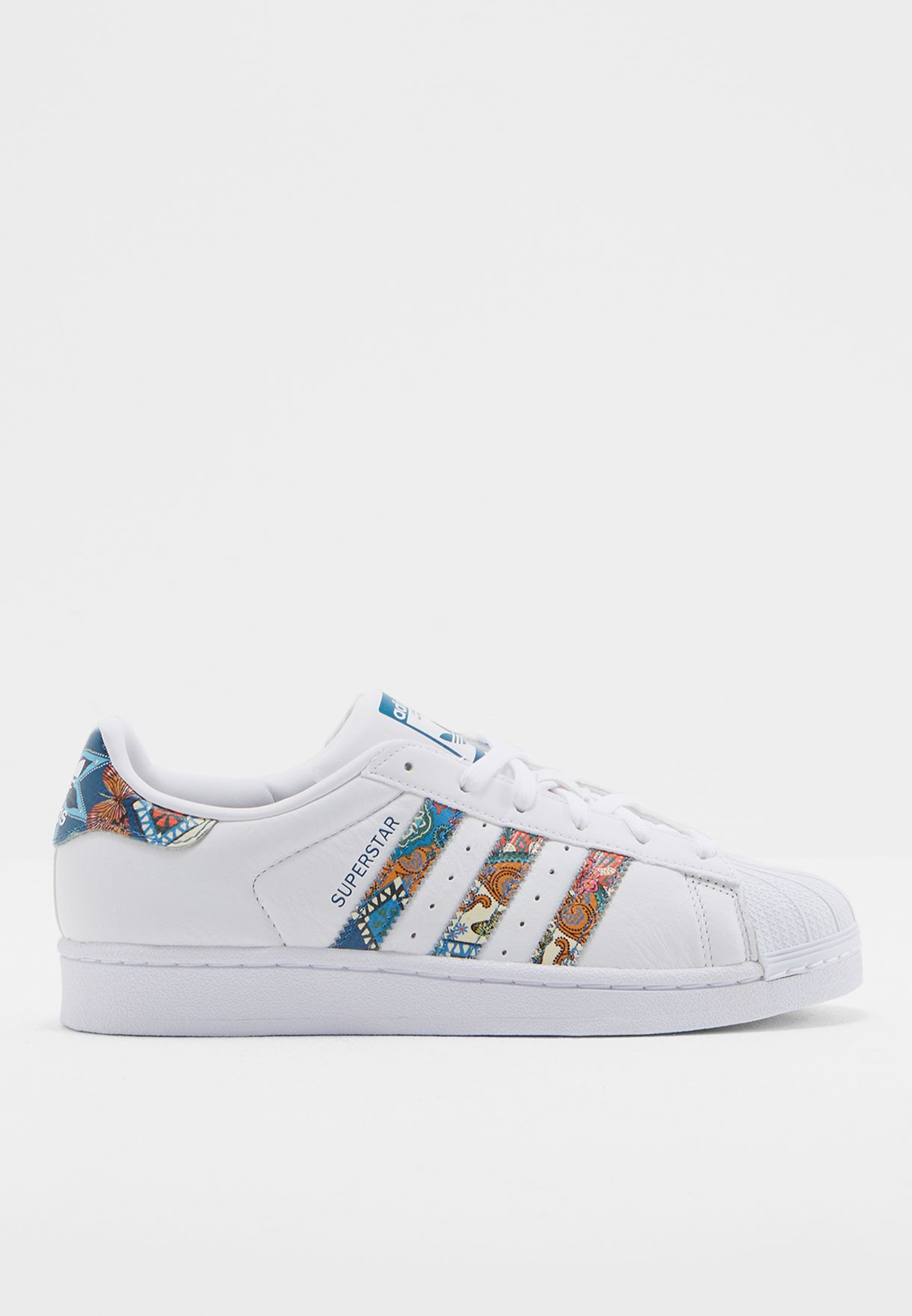 innovative design d7c16 2fc58 Shop adidas Originals multicolor Superstar W BY9177 for Wome