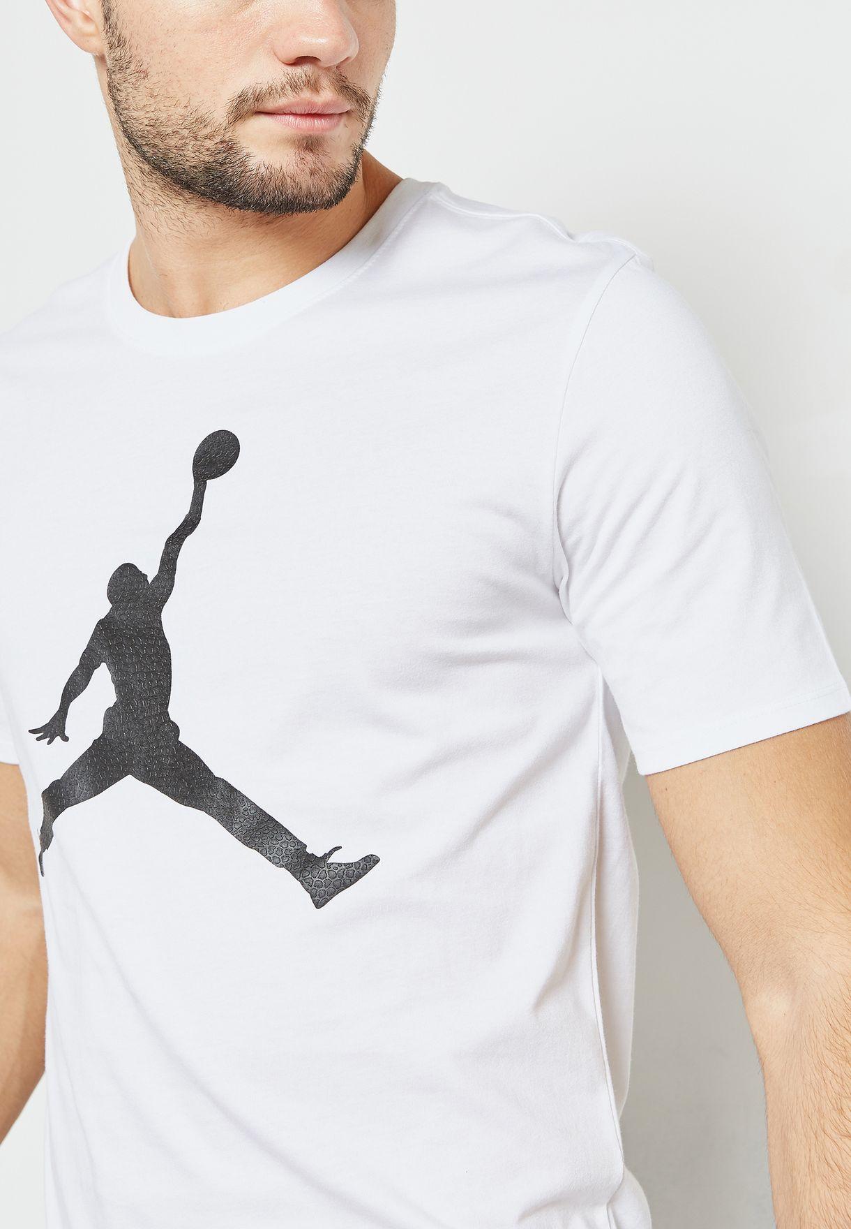 65f952b255f6 Shop Nike white Jordan Jumpman T-Shirt 908017-103 for Men in Saudi ...