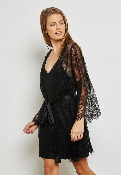 Lace Scallop Detail Robe