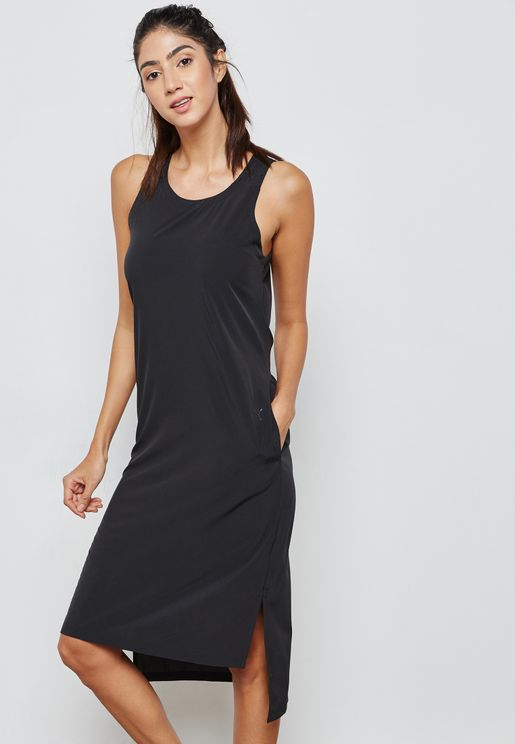 فستان رياضة بشعار الماركة