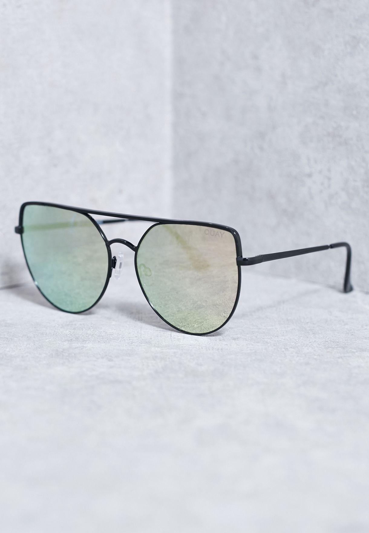 57489d9626b71 Shop Quay Australia black Santa Fe Sunglasses QW-000181-BLK RED for ...