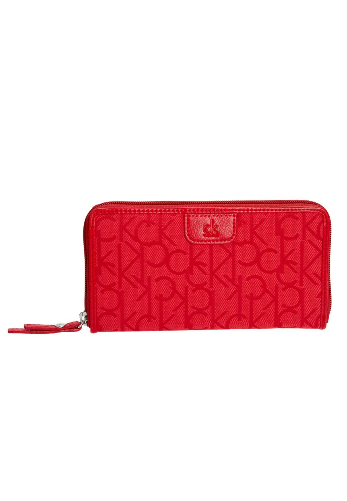b38cfde53 تسوق Purse ماركة كالفن كلاين جينز لون أحمر في قطر - CA294AC01KSS