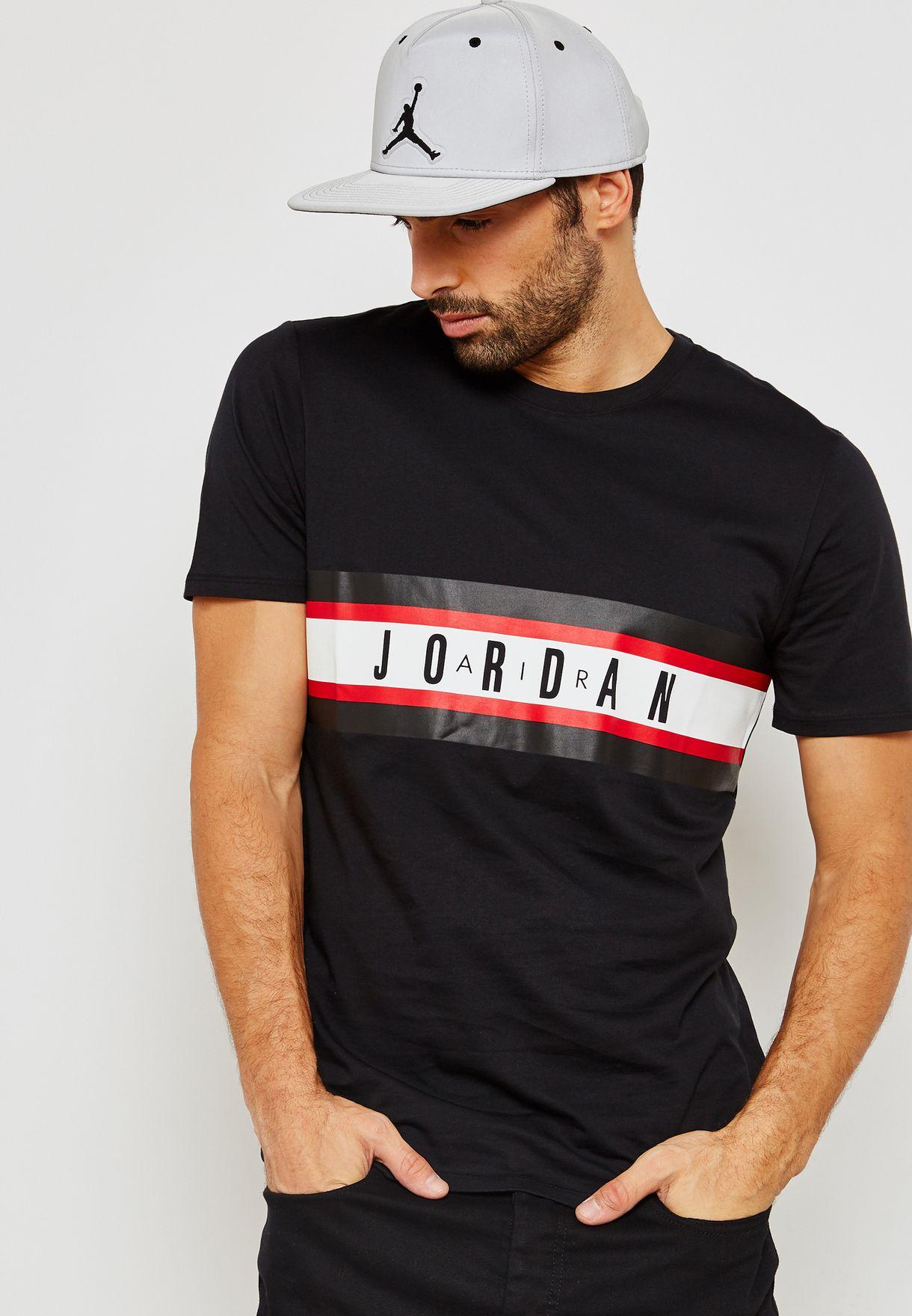 a4f3e3f01d3d Shop Nike black Air Jordan T-Shirt 939618-010 for Men in UAE ...