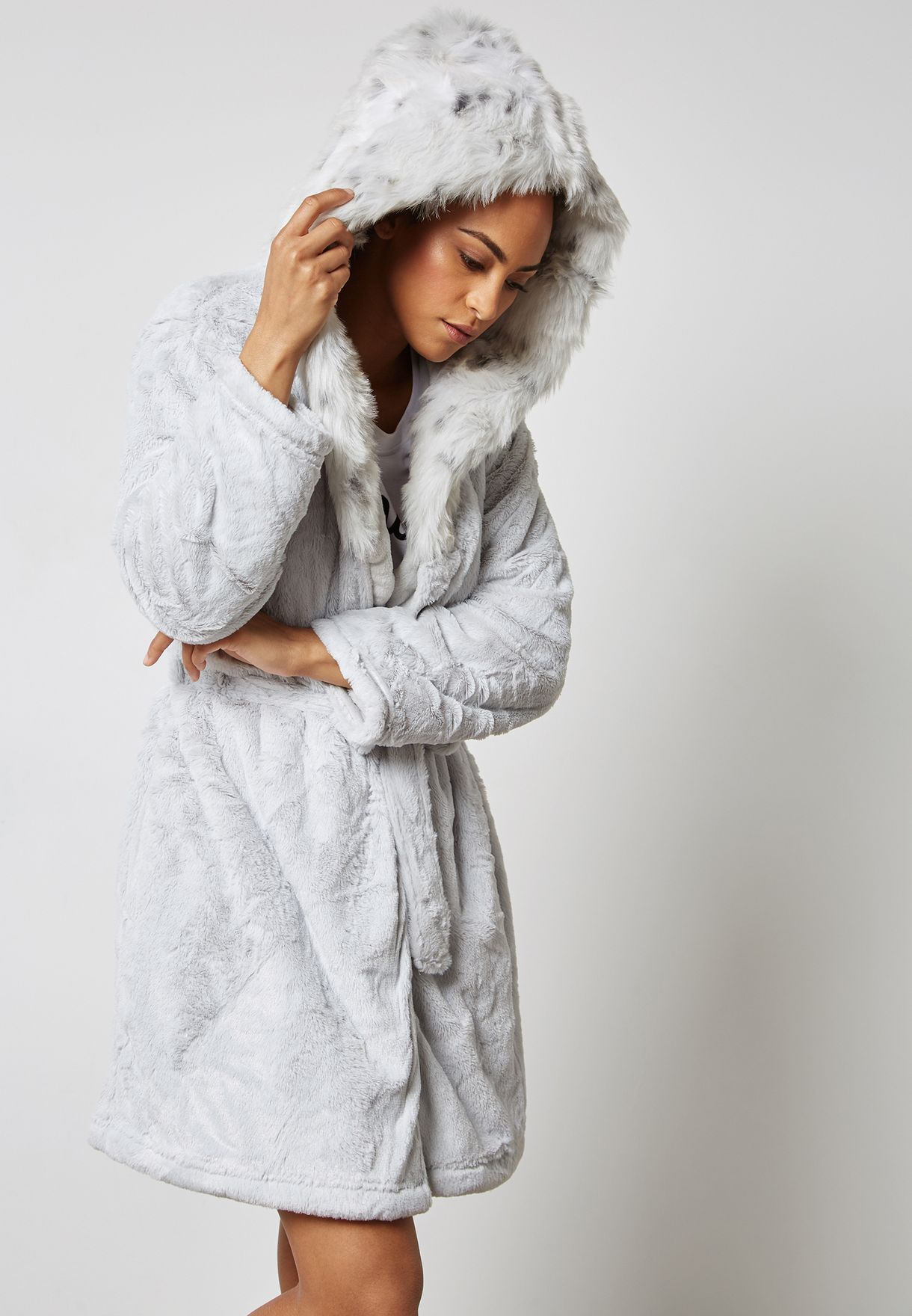 Shop Topshop grey Fur Hooded Robe 01R07MGRY for Women in Saudi -  TO856AT01IJM 0affb2bfb