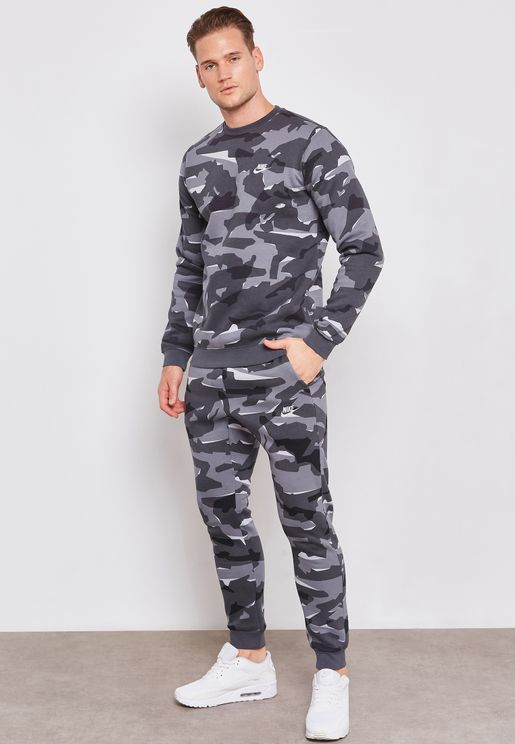 0d078891de5 Nike Pants and Chinos for Men
