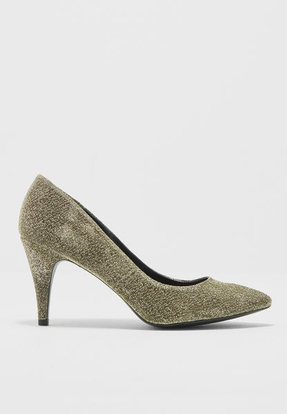 Low Heel Pump