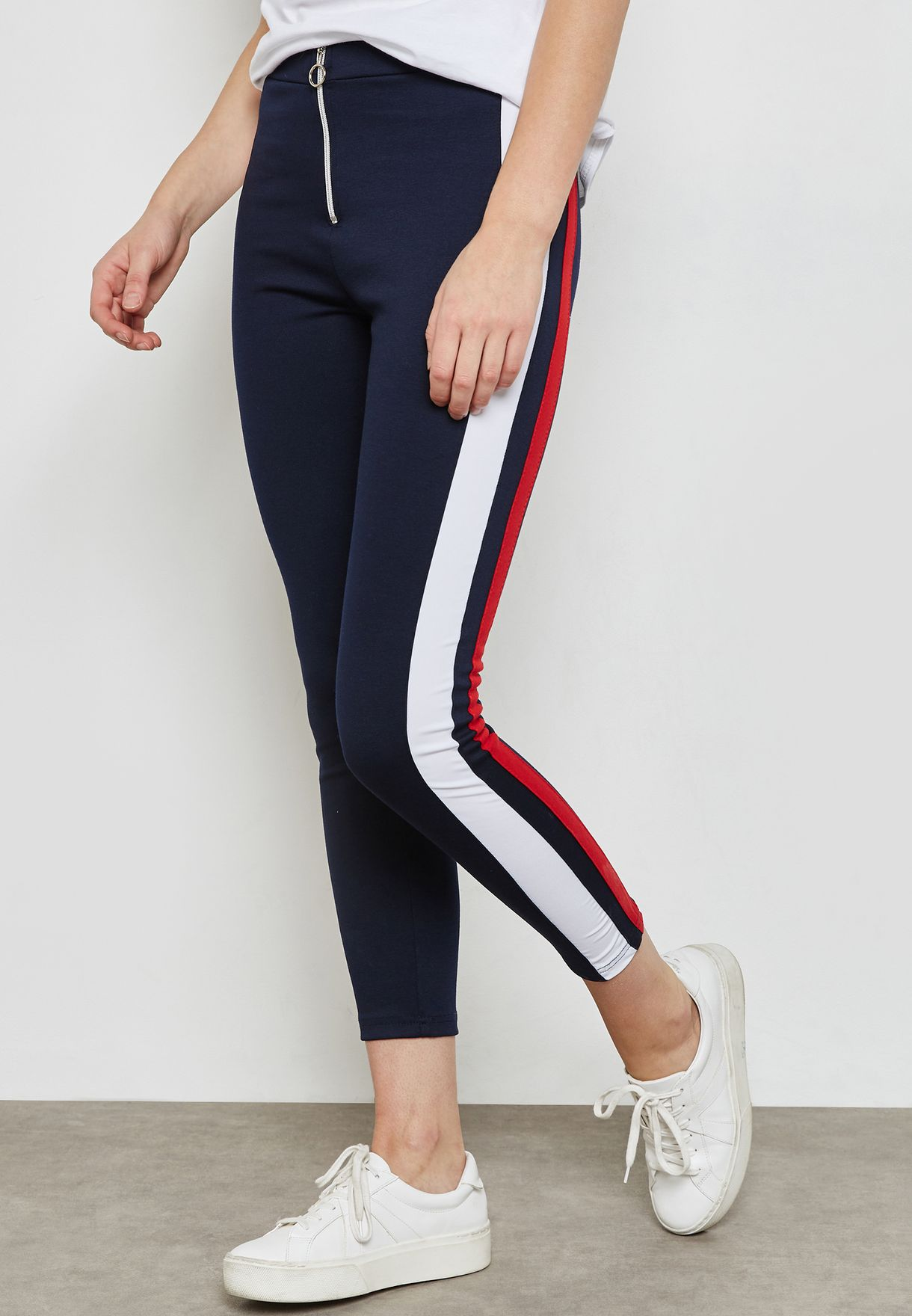 Contrast Side Paneled Leggings
