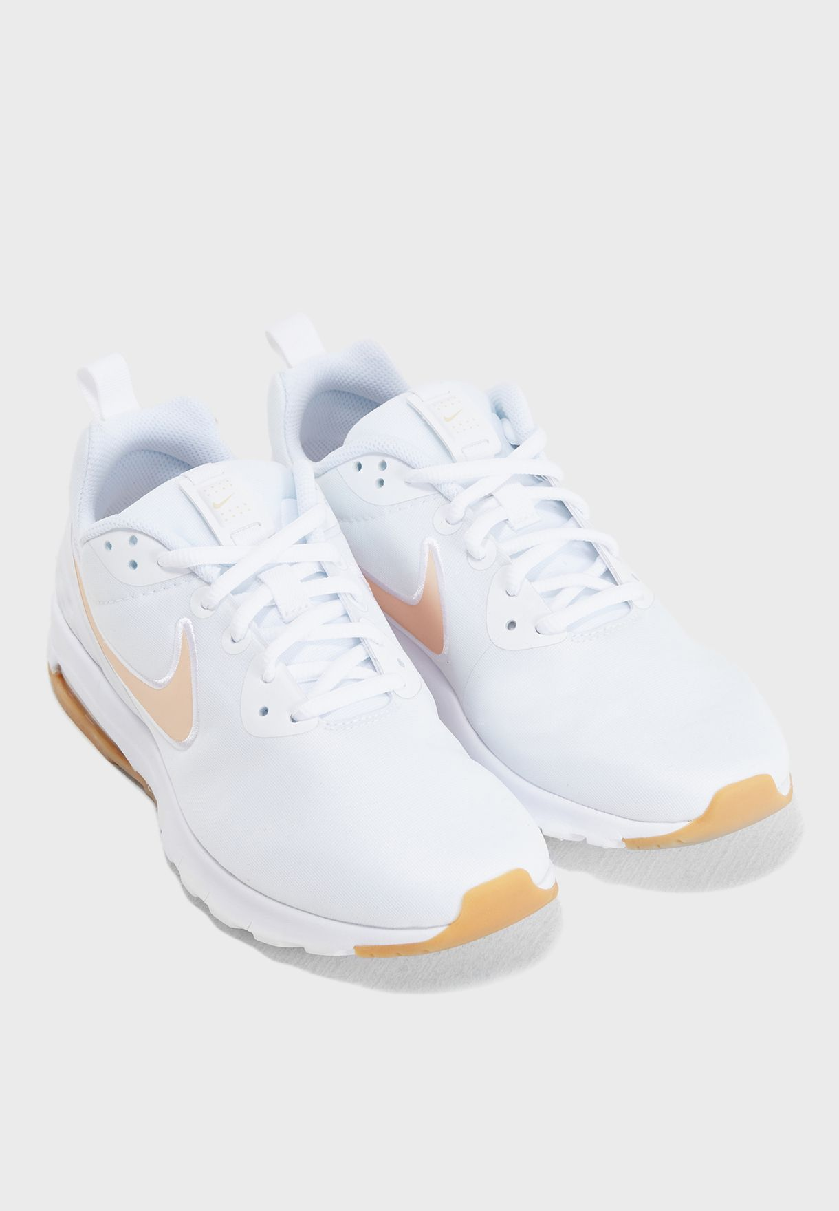 824bf4c2d0 Shop Nike white Air Max Motion LW SE 844895-102 for Women in UAE ...