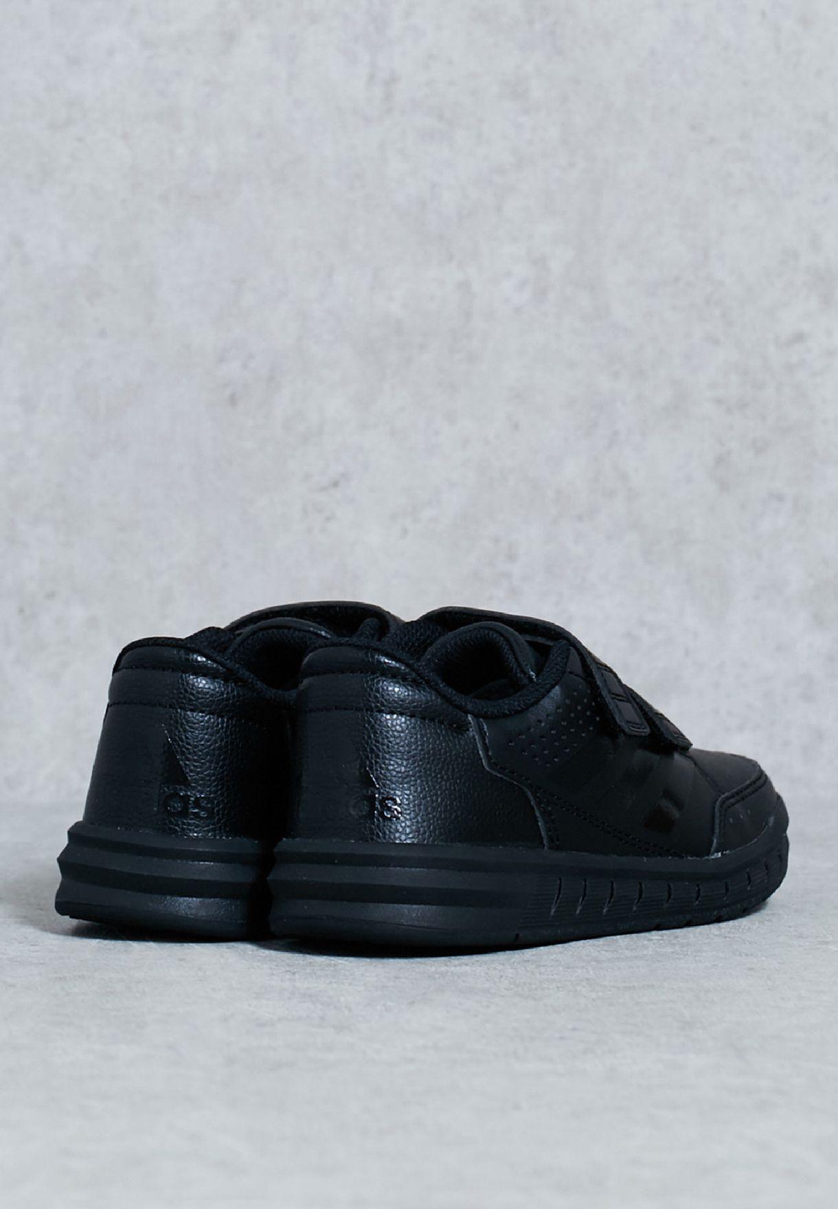 حذاء التا سبورت سي اف كيه
