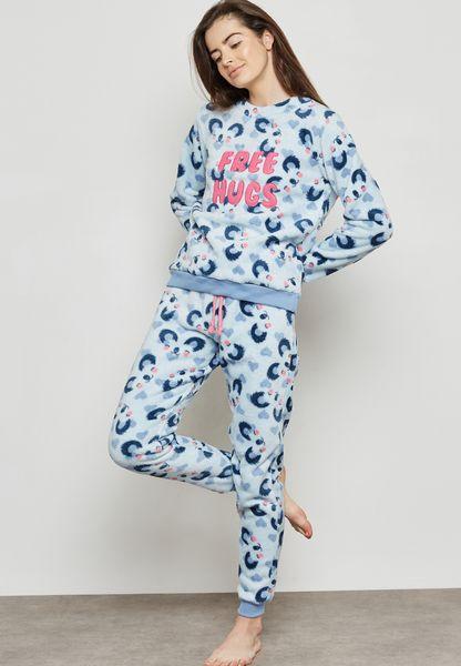 Free Hugs Pyjama Set