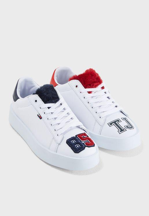 Fun Retro Light Sneaker