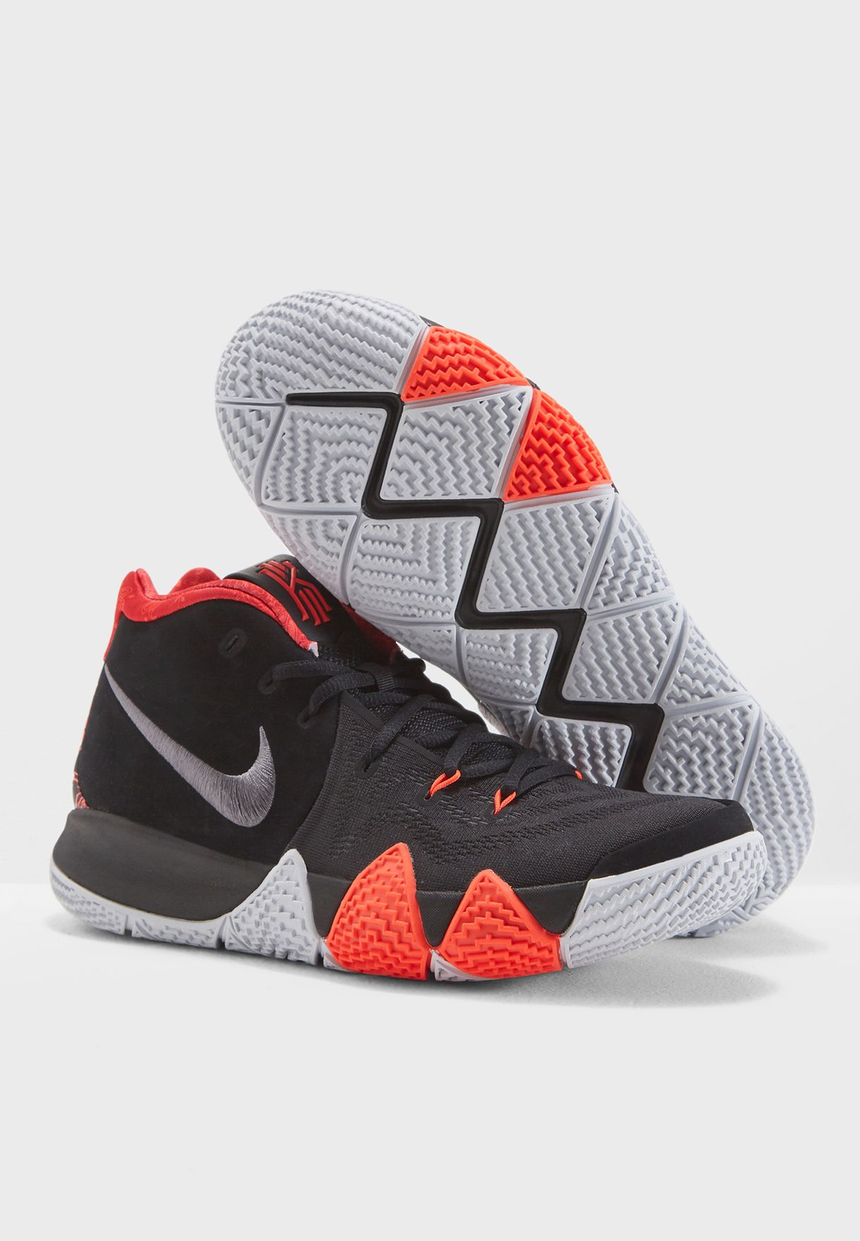 9ad1194df2b8 Shop Nike black Kyrie 4 943806-005 for Men in Saudi - NI727SH90HHX