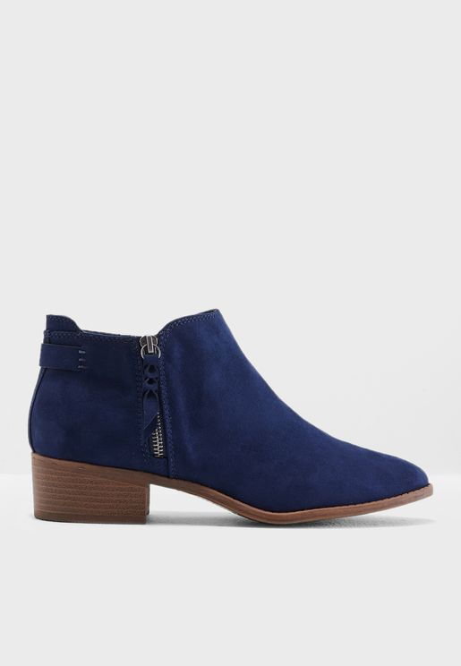 Major Ankle Boots