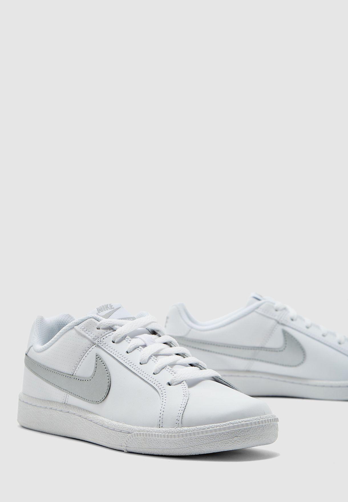 حذاء رويال كورت