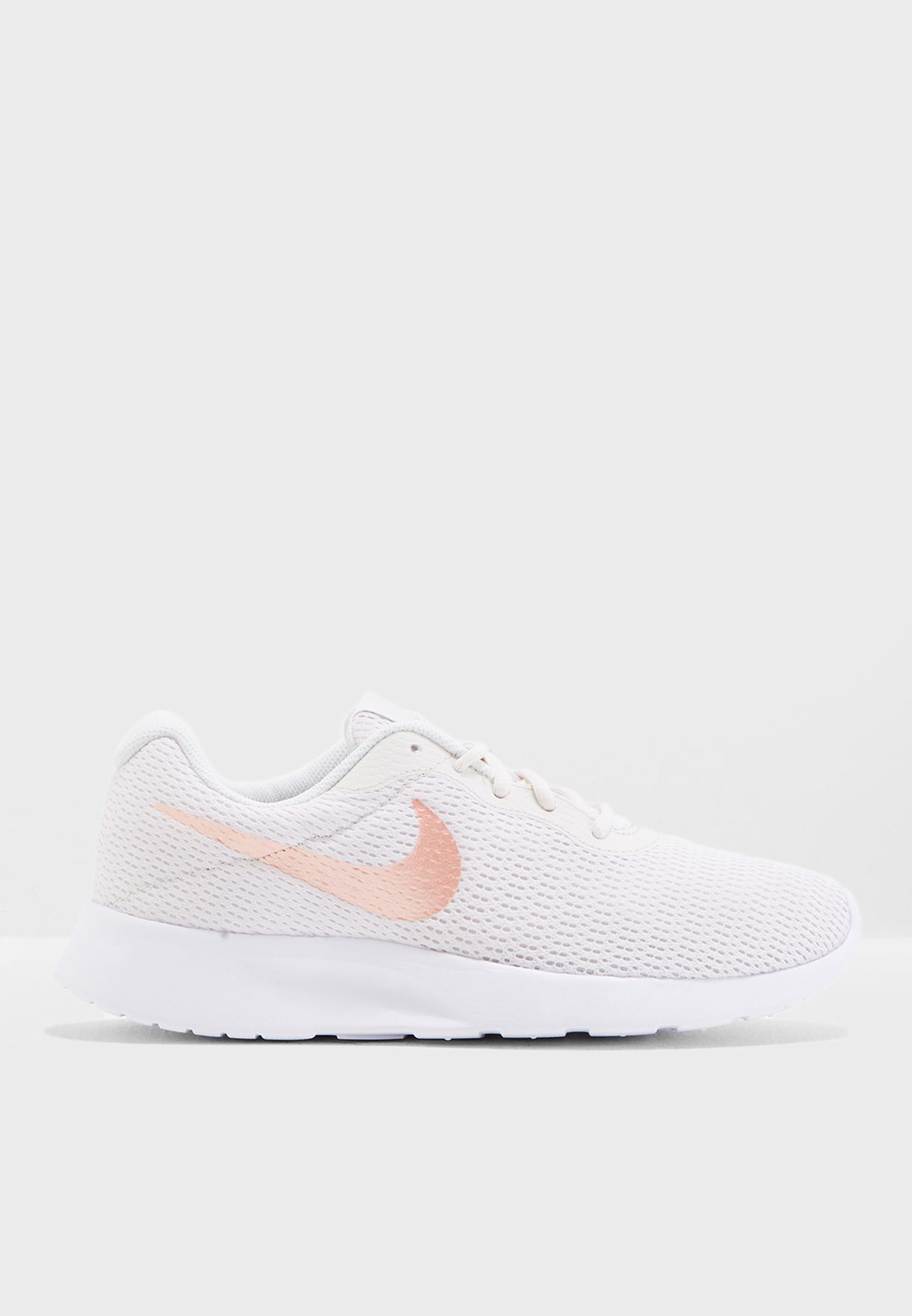 huge discount c3d92 ac2fc Shop Nike white Tanjun 812655-008 for Women in Saudi - NI727