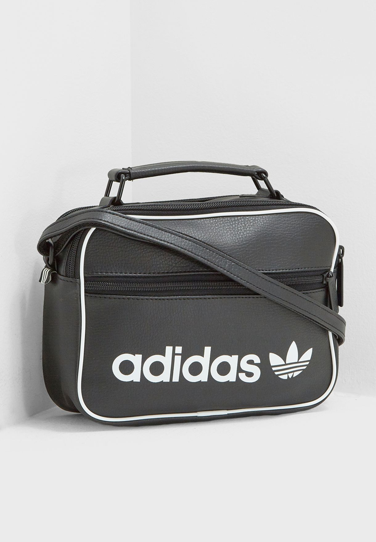 0fa834f52f08 Shop adidas Originals black Mini Airliner Vintage Messenger DH1004 ...
