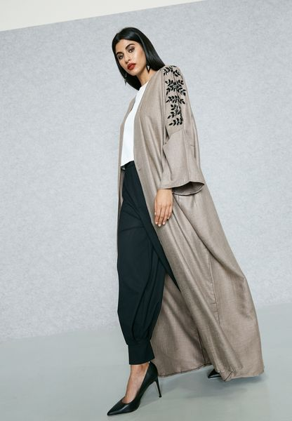 Embellished Shoulder Abaya