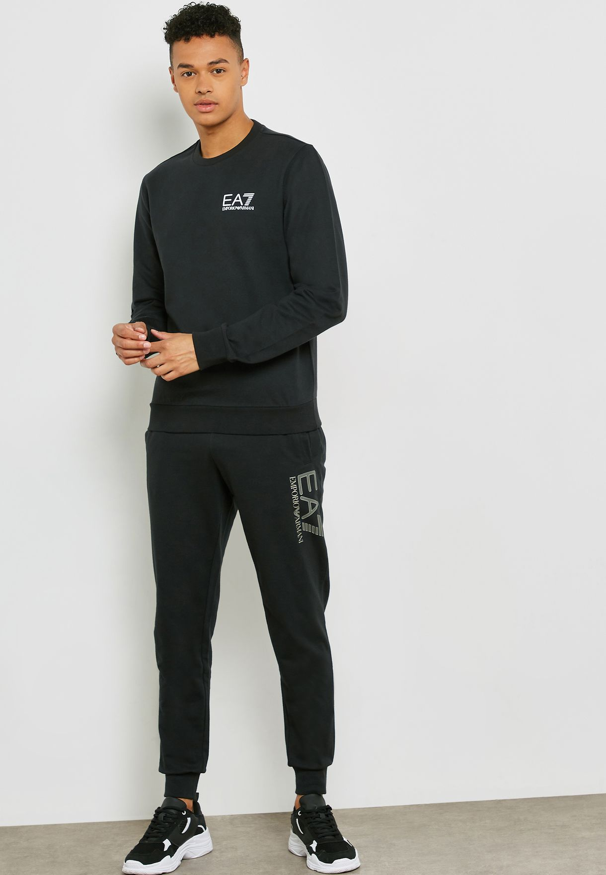 Train Core Logo Crew Neck Sweatshirt