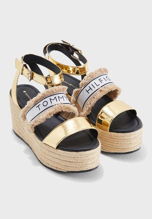 Shiny Metallic Flatform Sandal