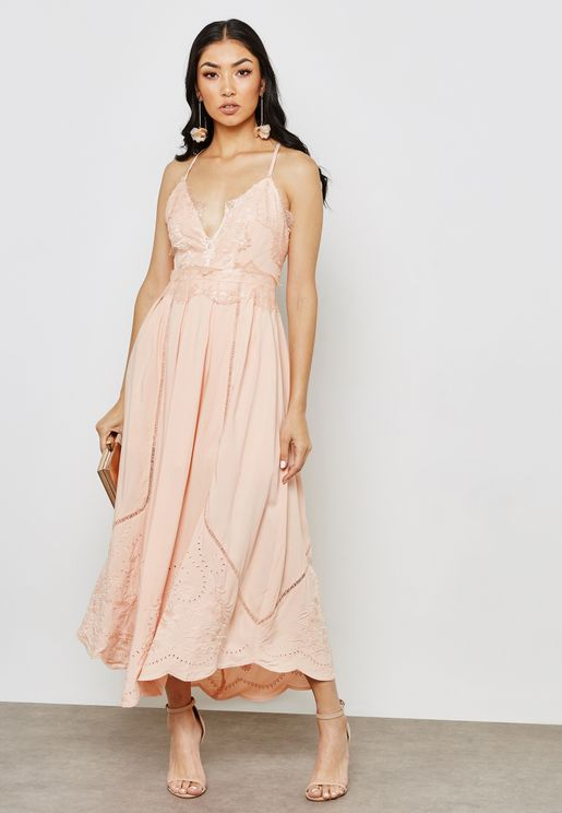 Scallop Trim Maxi Dress with Embroidery
