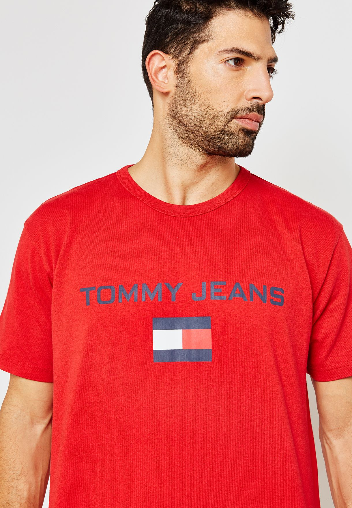 ffd8fce44 Shop Tommy Jeans red 90s Logo T-Shirt DM0DM05234694 for Men in Qatar ...
