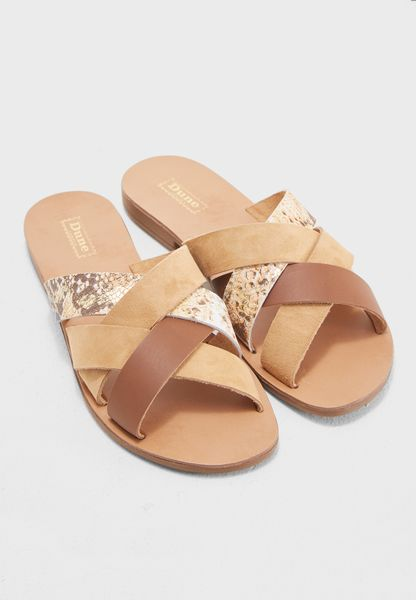 Leisurely Di Sandal