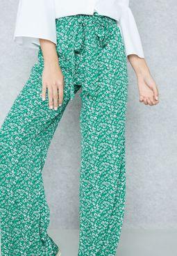 Wide Leg Printed Pants