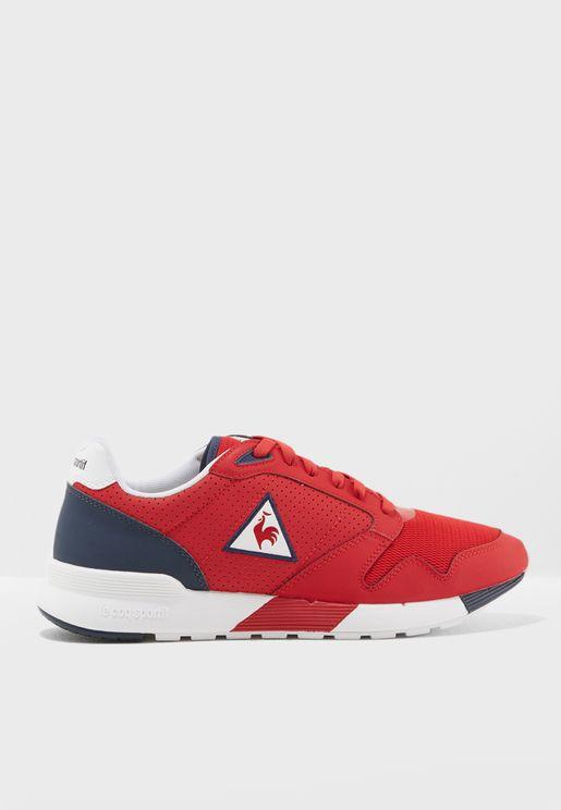 حذاء رياضة أوميكورن
