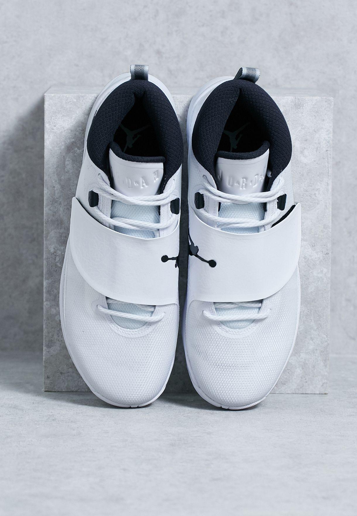 e15e90736493 Shop Nike white Jordan Super.Fly 5 PO 881571-110 for Men in Oman ...