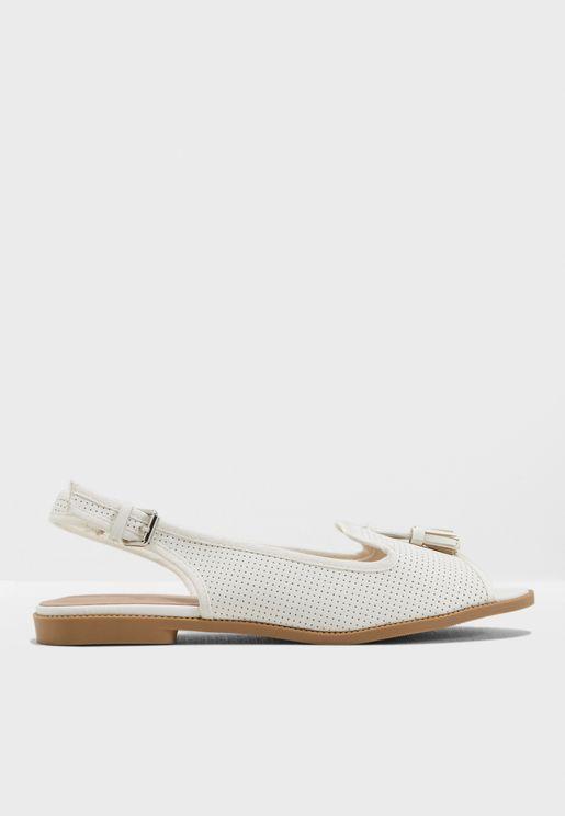 حذاء كاجوال بتصميم واسع