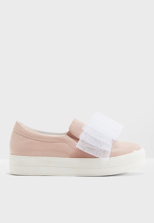 حذاء كاجوال مزين بفيونكة شبك