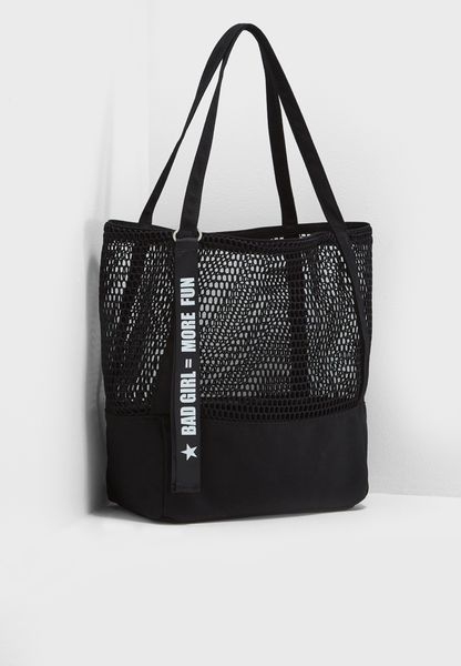 Mesh Typography Shopper