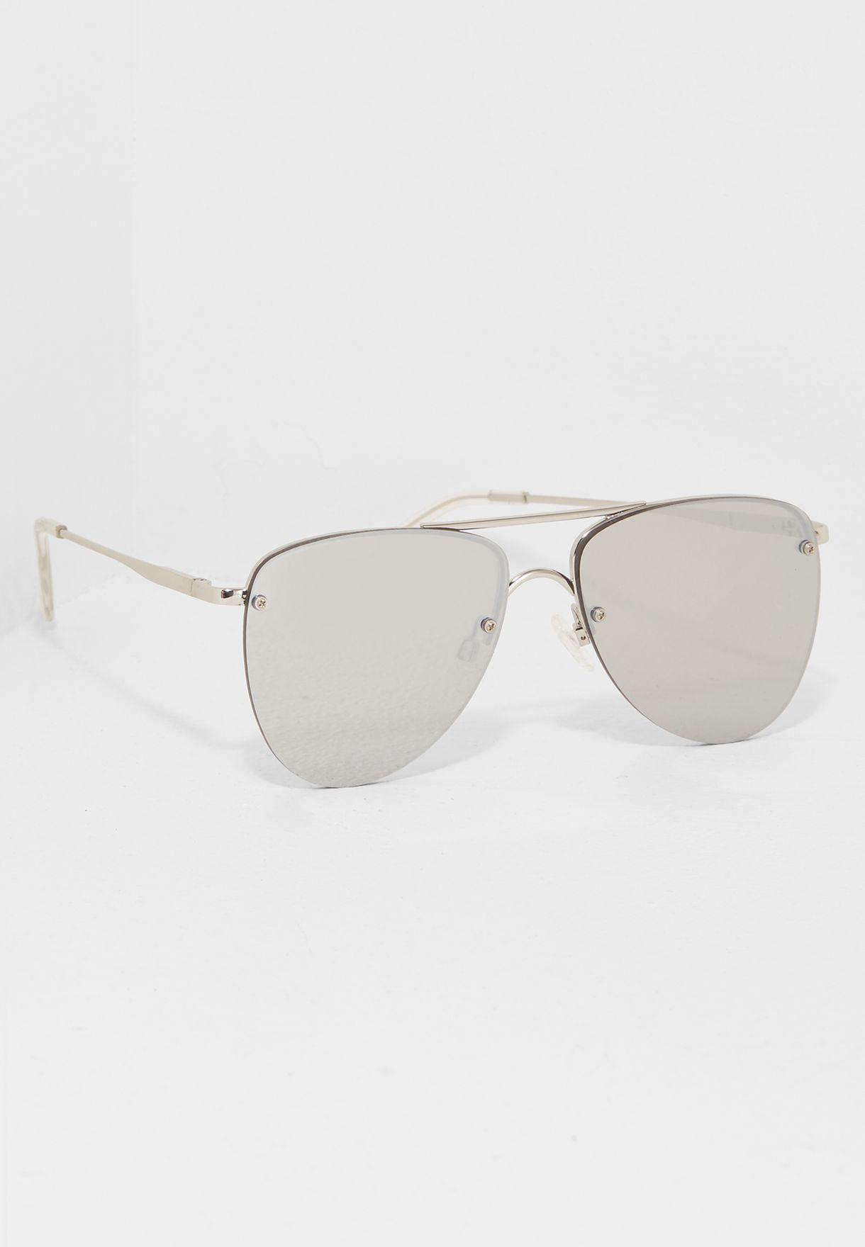 01960d702fd Shop Le Specs silver The Prince Sunglasses LSP1602203 for Men in Oman -  LE763AC50QQZ