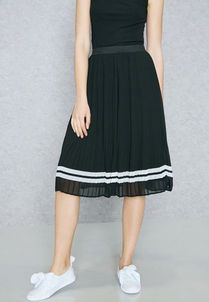 Pleated Varsity Detail Skirt