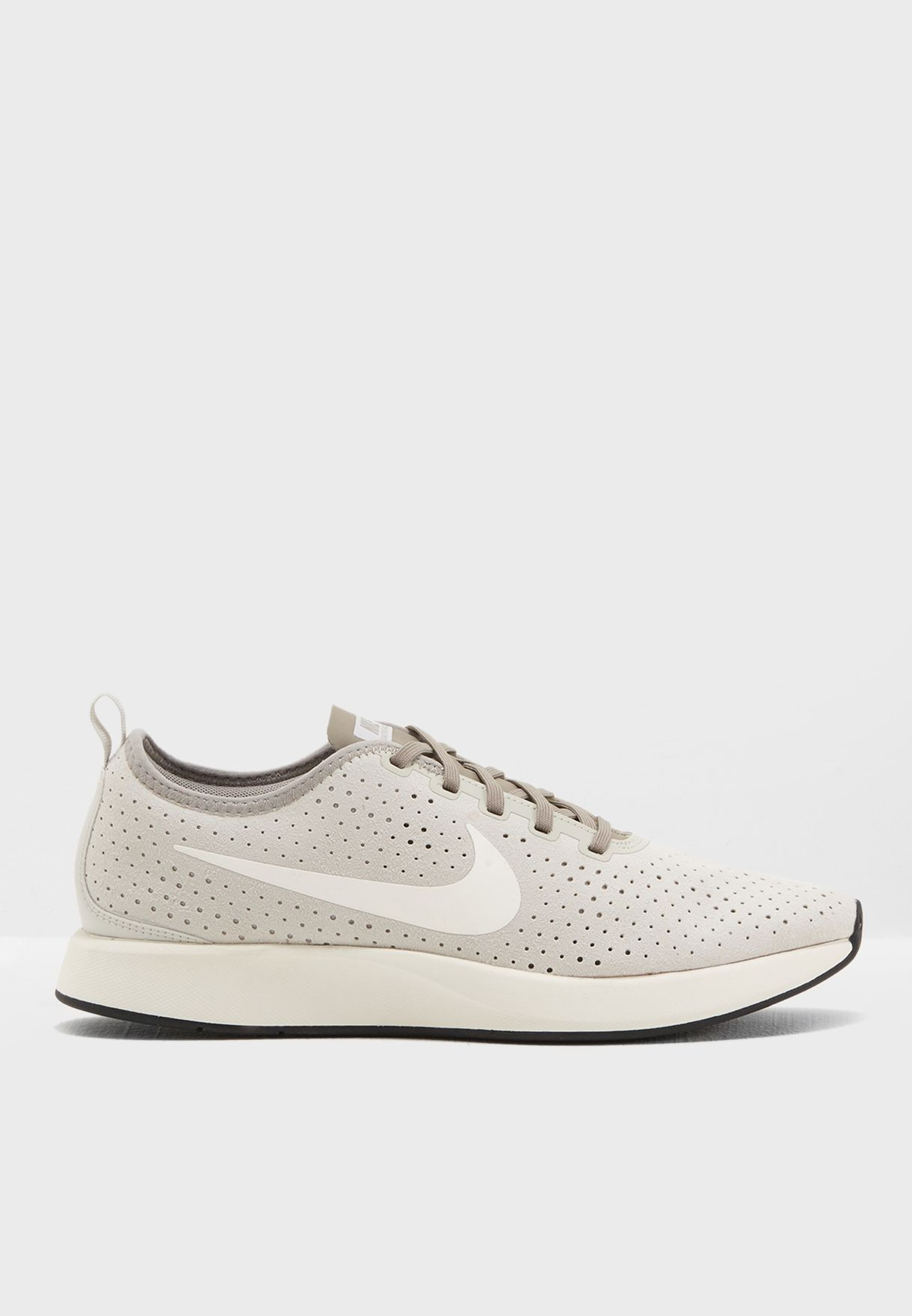 Shop Shop Shop Nike beige Dualtone Racer PRM 924448 005 for hombres in UAE 229eec