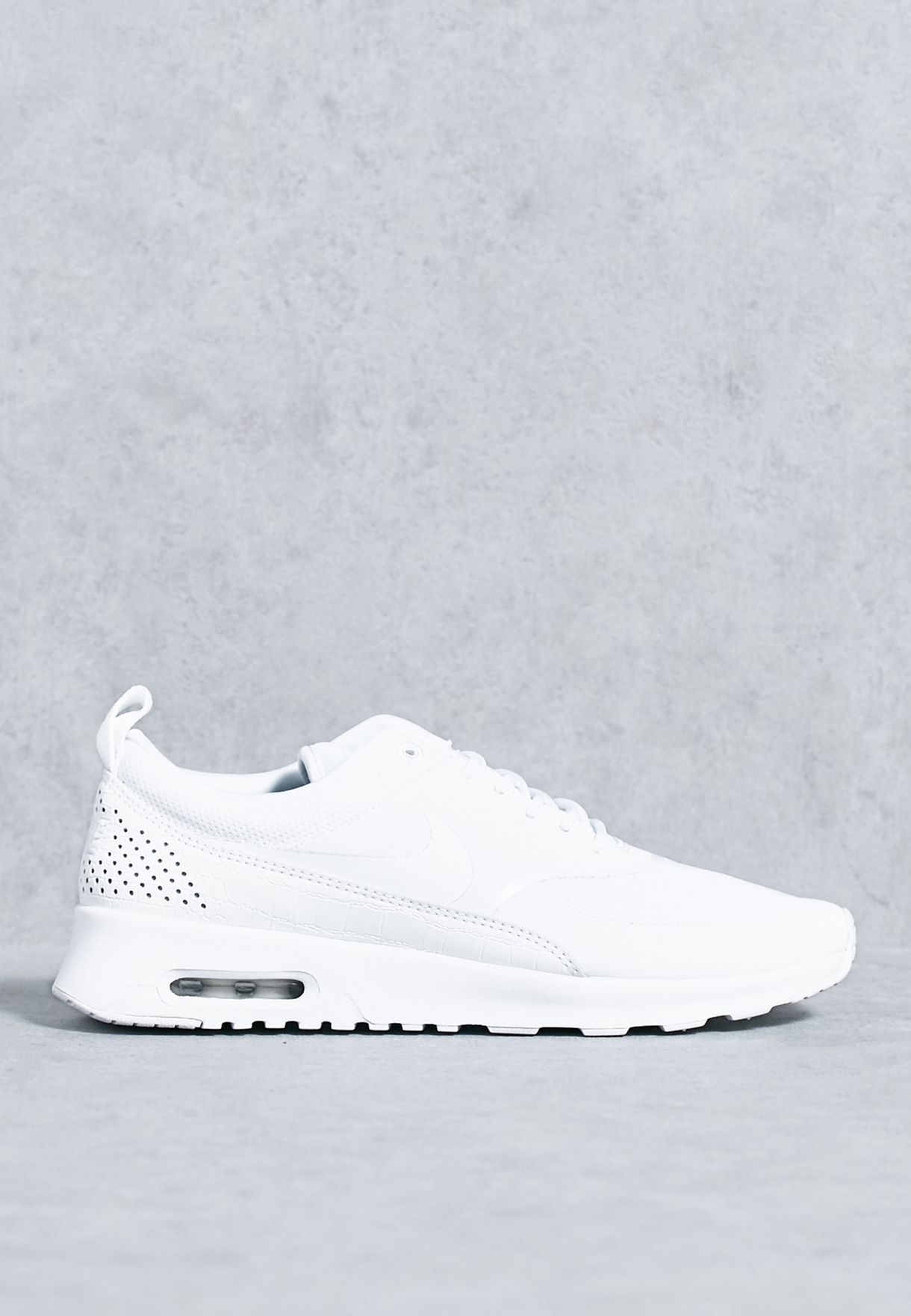 new arrival 7a314 afd21 Shop Nike white Air Max Thea 599409-104 for Women in UAE - N