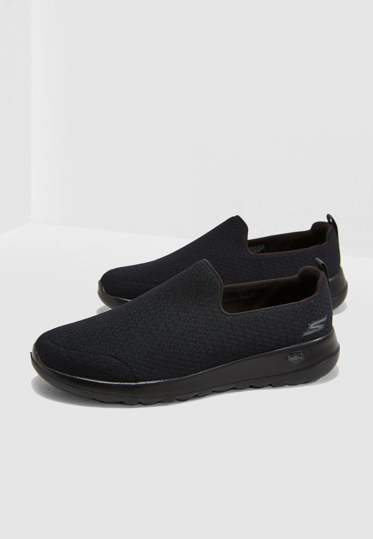 حذاء جو ووك ماكس