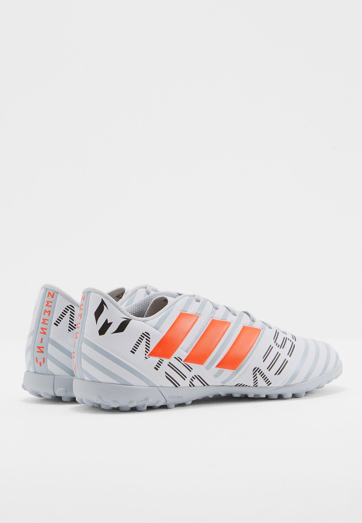 حذاء نيمزيز  17.4