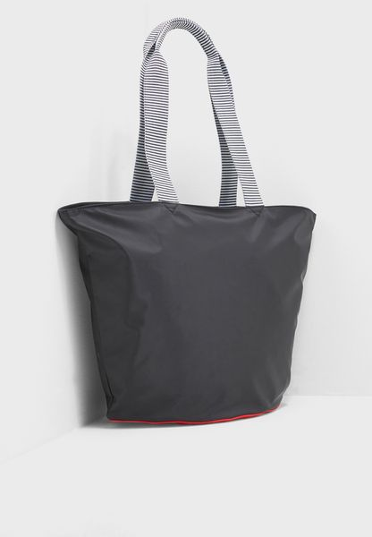 Lip Base Lola Tote