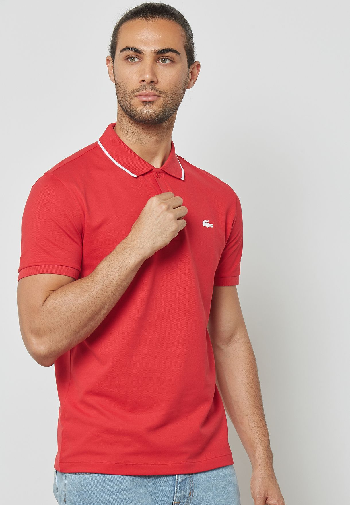 4baec404 Shop Lacoste red Electric Polo With Rubber PH3155-NWH for Men in ...