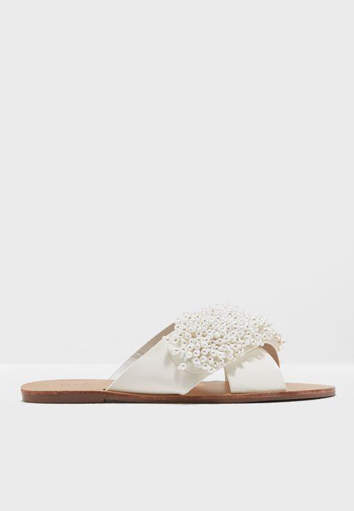 Anyuta Flat Sandals
