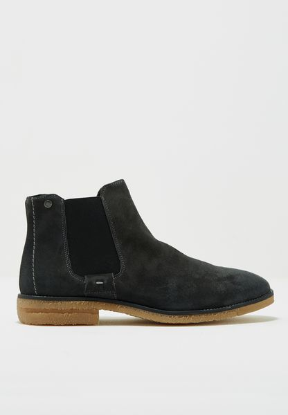 Charles Boots