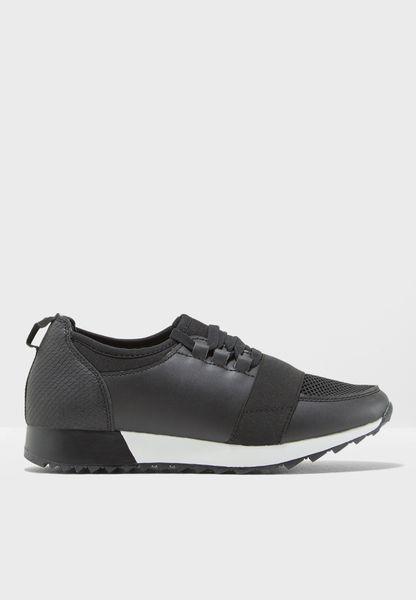 Elastic Strap Sneaker