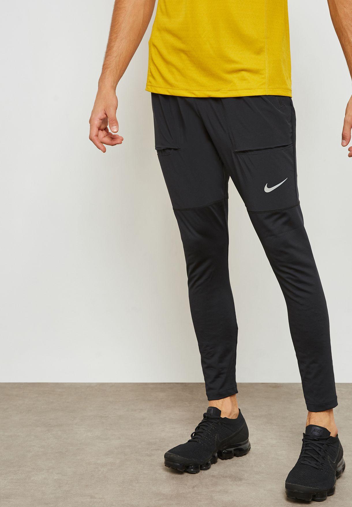 9b401281dd89e Shop Nike black Essential Hybrid Sweatpants AA4199-010 for Men in UAE -  NI727AT30WNL