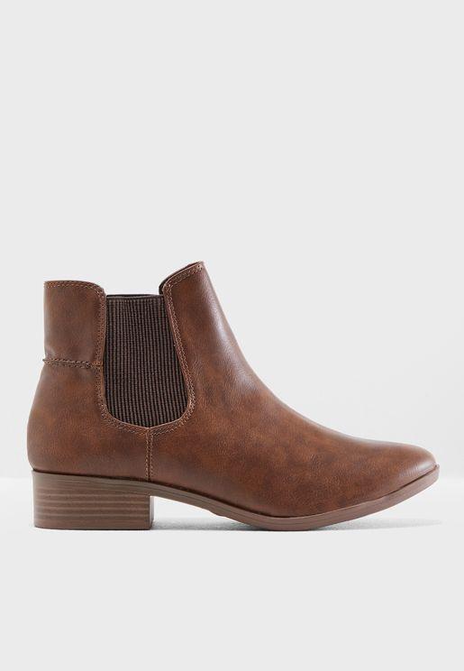 Monty Chelsea Boots